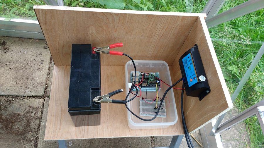12V battery, Raspberry Pi, solar charge controller